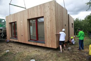 Montage McCube Modulhaus Holz